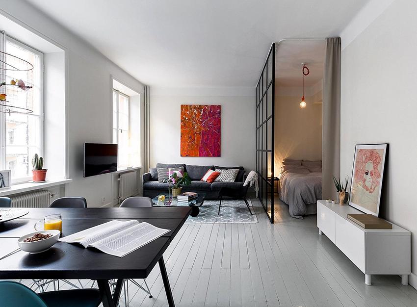 В помещении размером 18 м² легко поместятся все необходимые детали интерьера