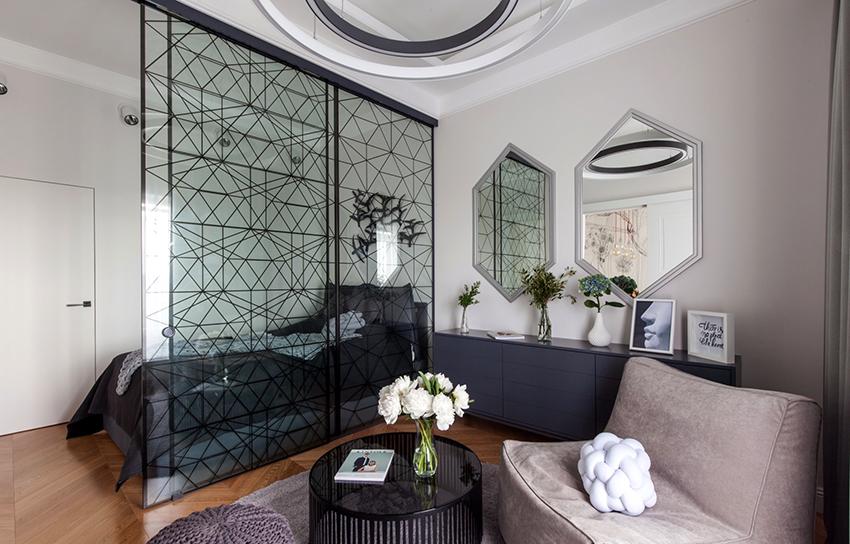 Удачно совместить спальню с гостиной можно даже в маленьком помещении