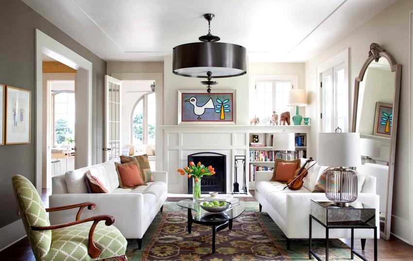 В зависимости от выбранной модели люстра способна наполнить комнату максимальным количеством света, оказывая позитивное воздействие на настроение