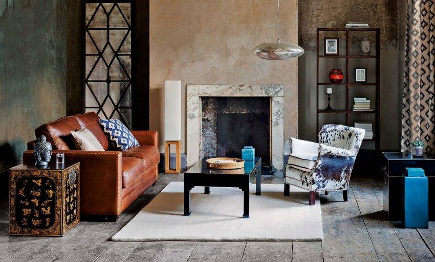 Самой дорогой обшивкой для мебели в гостиную всегда считалась кожа, она самая прочная и несклонная к загрязнению