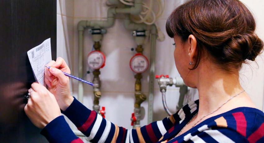 Показания расхода горячей и холодной воды рекомендуется передавать с 15 числа текущего по 3 число следующего месяца