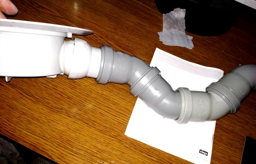 С помощью канализационных уголков можно изготовить своими руками гидрозатвор коленчатого типа