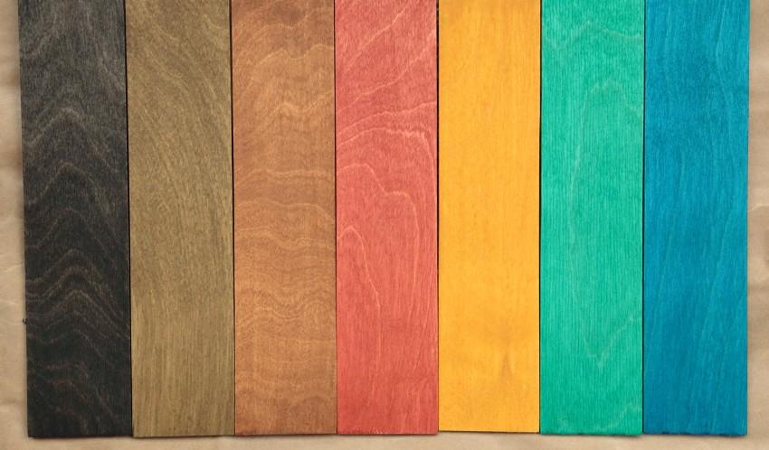 Для создания необычных эффектов на дереве используйте не только классические оттенки под древесину, но и более яркие