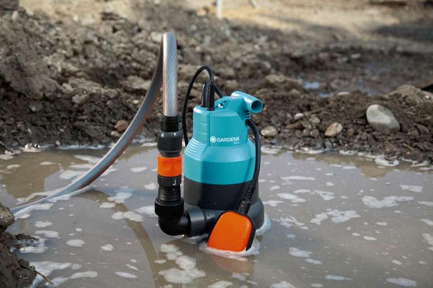 Дренажные насосы используются для забора грязной, содержащей глину, песок, траву и мелкий мусор воды