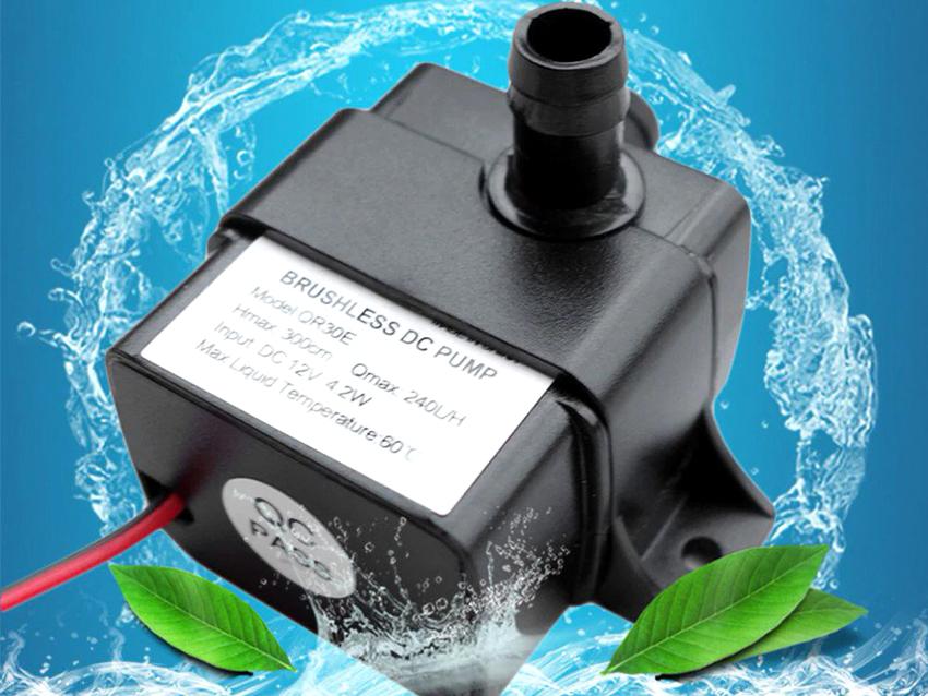 Аквариумный насос применяется с целью циркуляции воды в резервуаре для насыщения ее кислородом