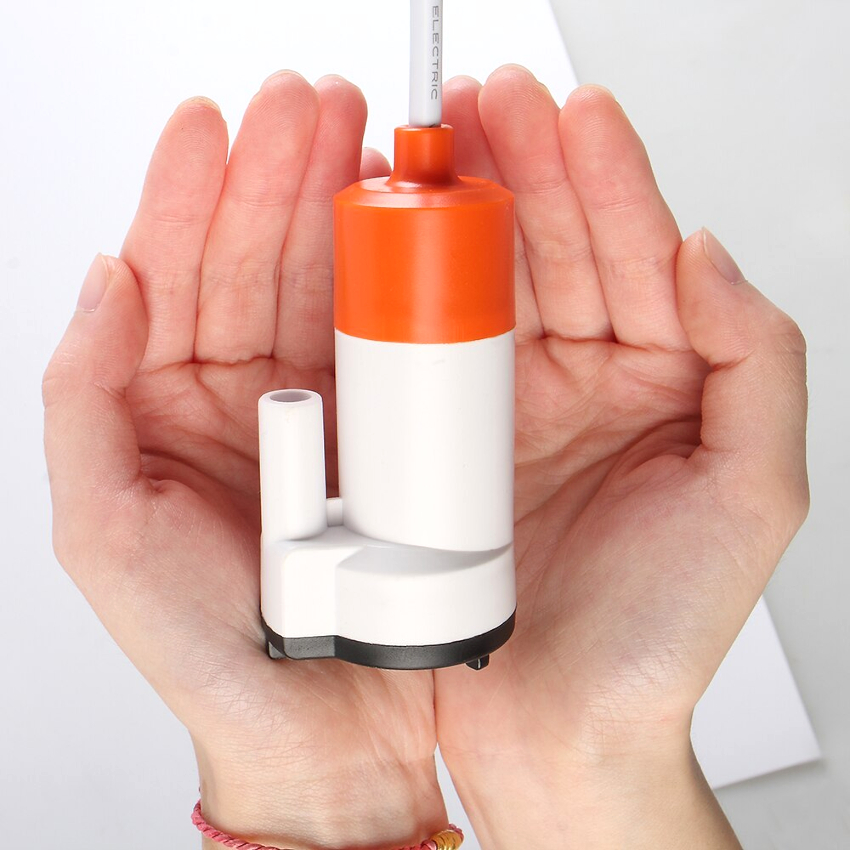 Низковольтные маленькие насосы для воды делятся на циркуляционные, мембранные, вакуумные и насосы-помпы
