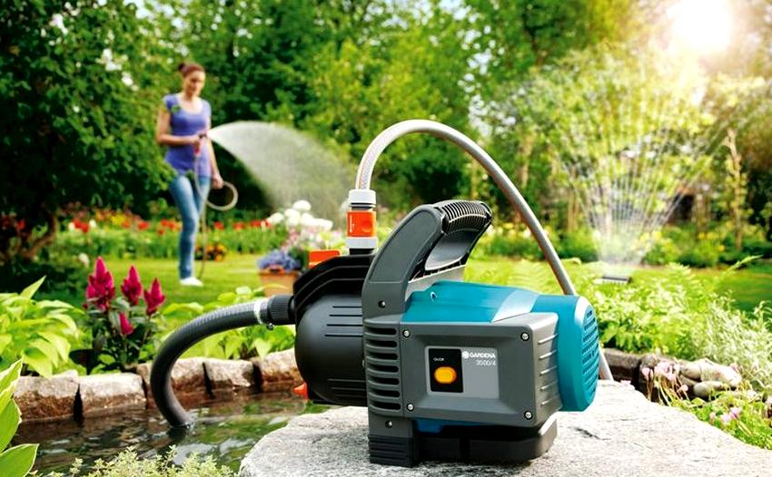 При выборе дренажного насоса для откачки воды необходимо учитывать уровень чистоты жидкости