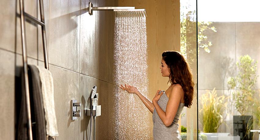 Если ранее установленный смеситель не нуждается в замене, то тропический душ для ванной можно приобрести без него