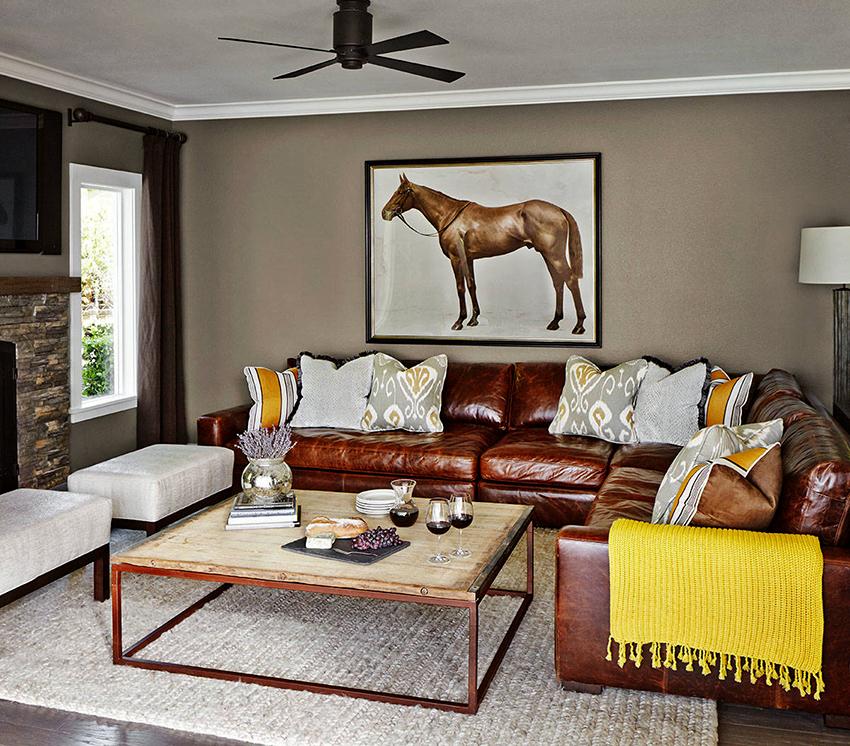 Кожаные изделия будут иметь высокую стоимость, при этом такие диваны смотрятся очень эффектно