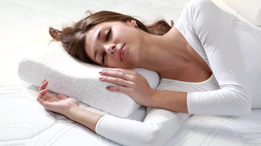 Ортопедические подушки отлично справляются с задачей по обеспечению крепкого здорового сна