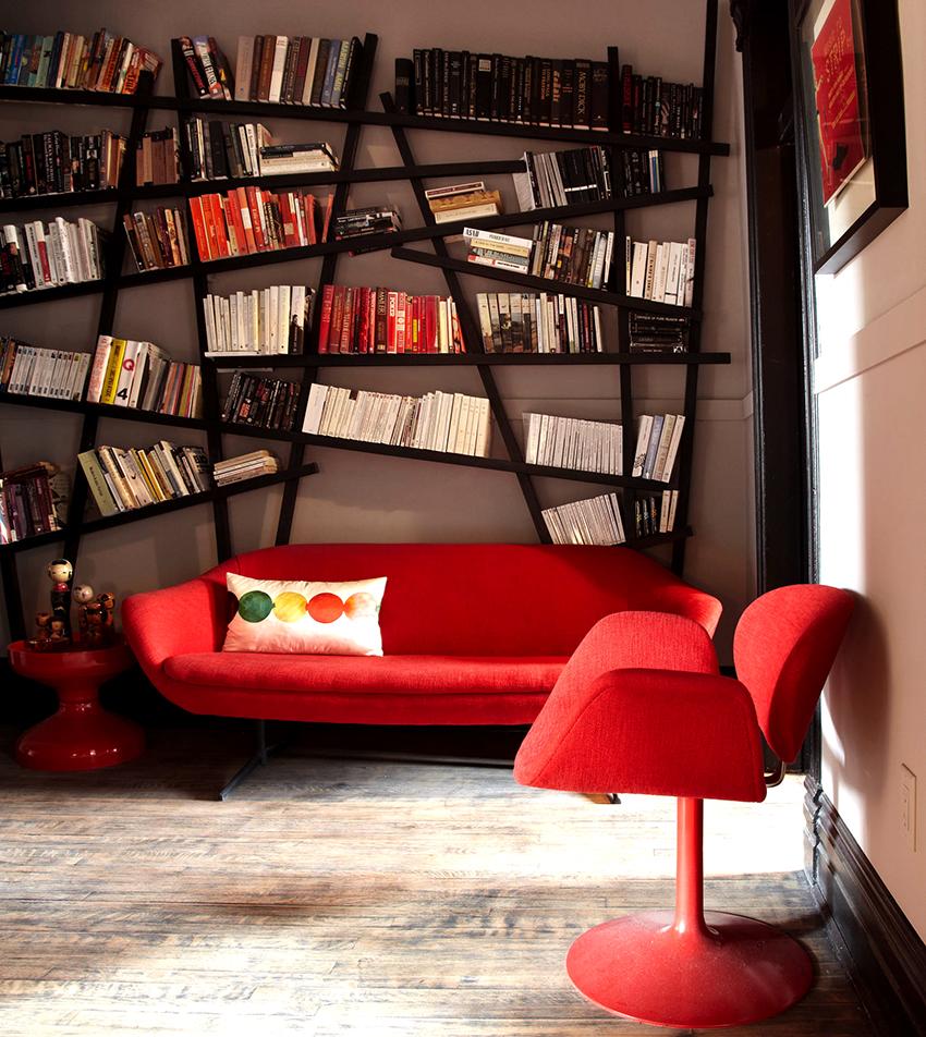 Книжные стеллажи могут иметь нетривиальную конфигурацию