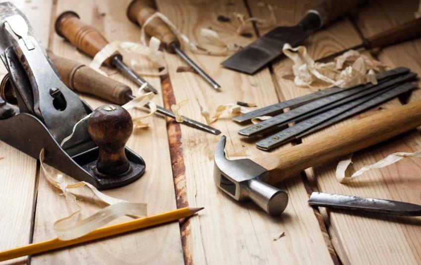 Нужно проверить, есть ли в наличии все необходимые инструменты