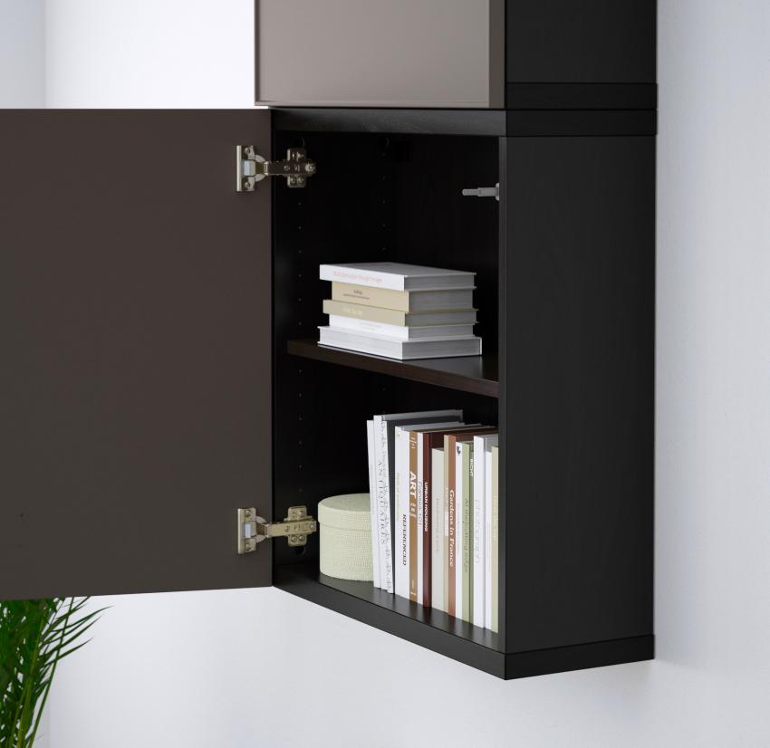 Навесной шкаф для книг встречается довольно редко в современных интерьерах
