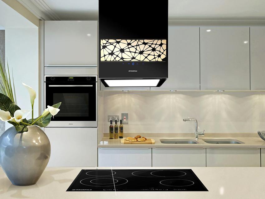 Вытяжка MAUNFELD Bath Light Isla 35 имеет прямоугольную форму и оснащена дисплеем