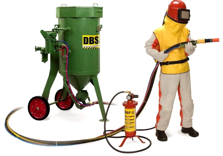 Пескоструй промышленного типа состоит из таких же компонентов как и бытовой