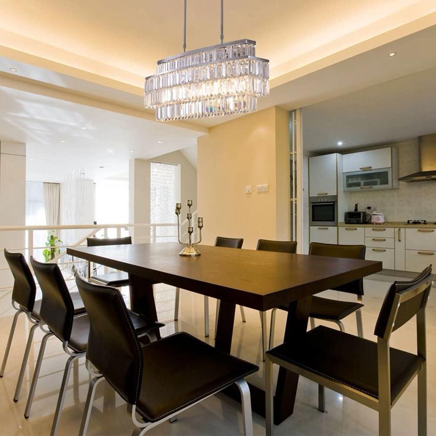 Хрустальный светильник на кухне