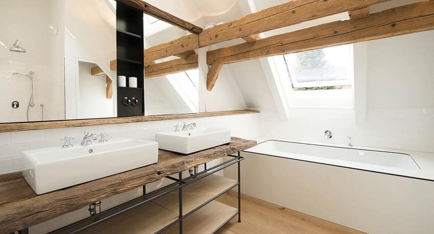 Деревянная полка в ванную: олицетворение неподдельной красоты и изысканности
